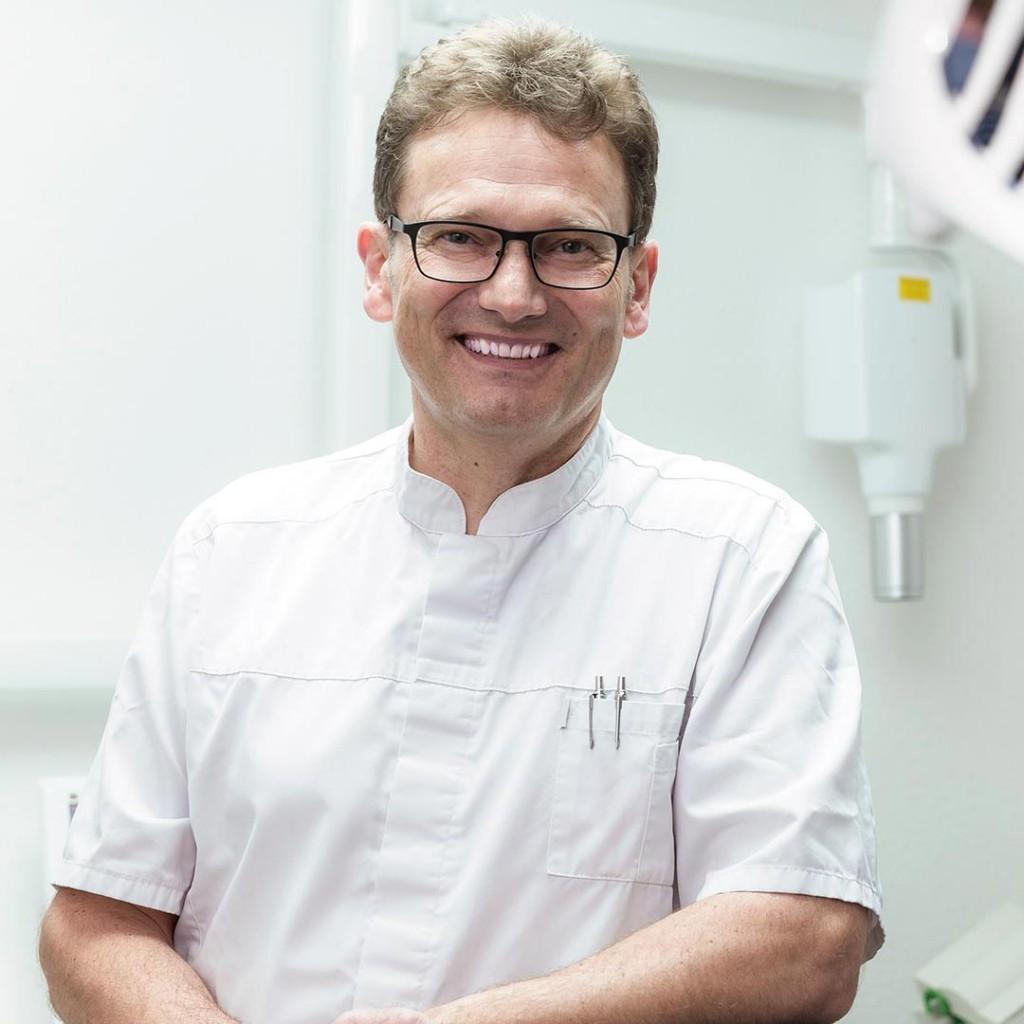 Dr. Brückner